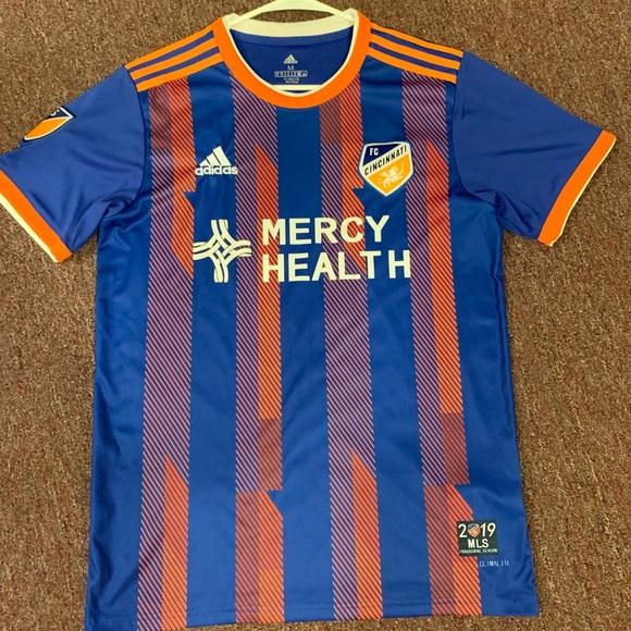 purchase cheap 0708a 808b7 FC Cincinnati Garza Jersey